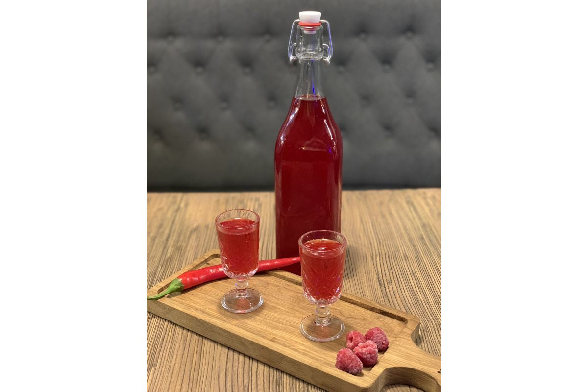 Limoncello Raspberry with pepper (собственного приготовления)