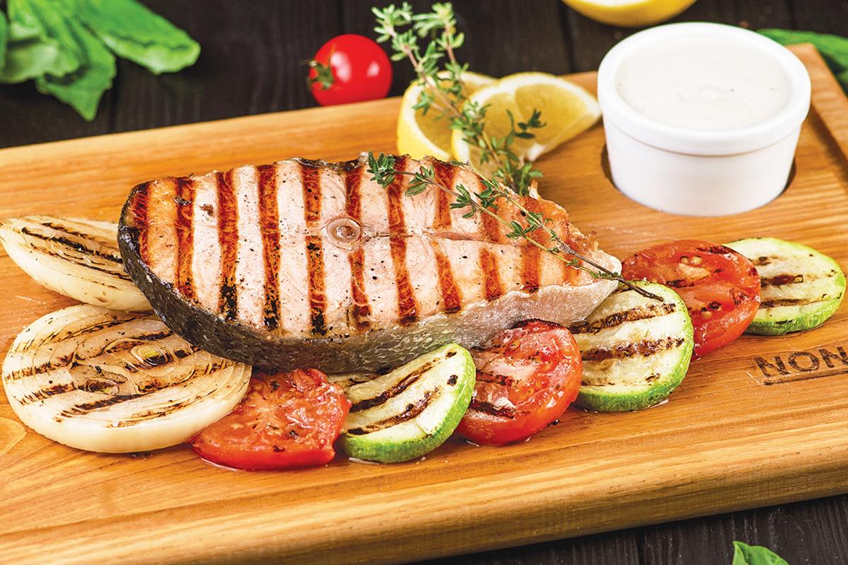 Стейк з лосося